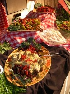 How to keep your hot food hot and cold food cold at your wedding buffet.