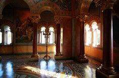 Neuschwanstein Castle Interior | King of the Castle | GermanRailPasses.Com