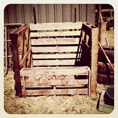 Pallet compost bin. I'd have to get someone else to saw  for me but this looks easy