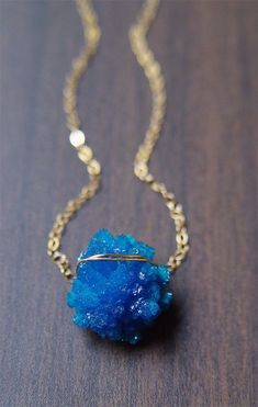 Teal Cavansite Necklace - 14k Gold - raw mineral stone: #GoldJewellerySummer