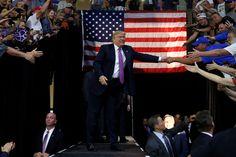 Ago 31. Donald Trump viajará a México para reunirse con el presidente Peña Nieto. Lee más: http://theobjective.com/#!donald-trump-viajara-a-mexico-para-reunirse-con-el-presidente-pena-nieto