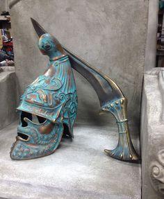 Helmet Armor, Arm Armor, Ancient Armor, Medieval Armor, Greek History, Ancient History, Iron Age, Gladiator Helmet, Greek Warrior