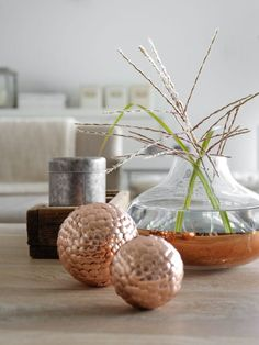DIY - Still copper? Although gold, brass and silver have been the color trend since then, copper is still - Diy Home Crafts, Diy Arts And Crafts, Crafts For Kids, Home Decor Items, Diy Home Decor, Diy Centerpieces, Craft Materials, Christmas Diy, Diy Projects