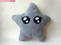 Coussin doudou monstre étoile kawaii grise