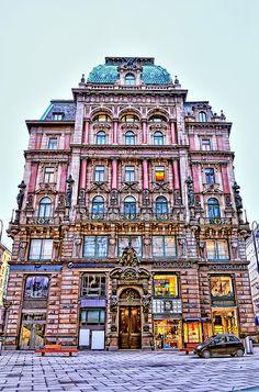 The Equitable Palace  Vienna, Austria  http://www.travelandtransitions.com/destinations/destination-advice/europe/