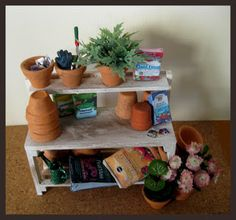 miniatures for dollhouses | Miniature Dollhouse Garden Potting Benches/Tables