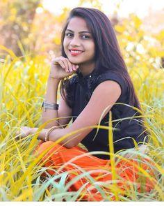 Beautiful Girl In India, Beautiful Women Pictures, Beautiful Girl Photo, Most Beautiful Indian Actress, Dehati Girl Photo, Girl Photo Poses, Girl Poses, Cute Baby Girl Images, Stylish Girl Images