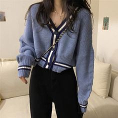Korean Casual Outfits, Korean Outfit Street Styles, Retro Outfits, Cute Casual Outfits, Korean Winter Outfits, Korean Style Clothing, Korean Fashion Street Style, Korean Clothes, Korean Girl Fashion