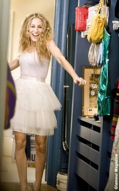 NewYorkDress Blog // Sex and the City Style! // It's been 15 years since Sex and the City first aired, click through to check our some of our favorite Carrie fashions!