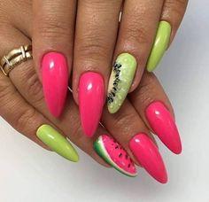 Kiwi nails