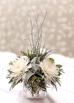 nice 46 Totally Adorable White Christmas Floral Centerpieces Ideas