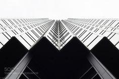 Building. by manonarrieta
