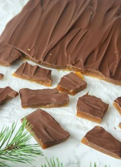 Lovely good and easy made Daimbräck - Klicken Sie hier oder auf das Bild für Candy Recipes, Snack Recipes, Dessert Recipes, Swedish Recipes, Bagan, Freundlich, Homemade Candies, Christmas Desserts, Food Inspiration