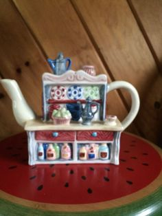 """Kitchen Cupboard Teapot Unique Kitchen Cupboard Teapot 8"""" from spout to edge of handle 6.5 Inches High Looks NEW Top Shelf removes to fill No cracks - no chips"""