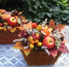 Podzimní košíčky / Zboží prodejce Silene | Fler.cz Deco Floral, Gerbera, Fall Flowers, Xmas, Christmas, Floral Arrangements, Fall Decor, Diy And Crafts, Centerpieces