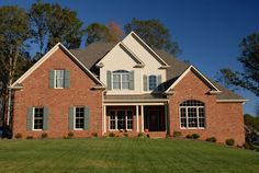 Building with brick opens up a window to a world of creativity and endless style options. Jack arches, segmental arches and stack bond framed window openings are just some of the features you can choose for a brick home. http://insistonbrick.com