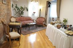 Enjoy the complimentary two course breakfast at the historic bed and breakfast located in downtown Coeur d' Alene, Idaho.  www.therooseveltinn.com