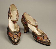 Лучших изображений доски «Обувь»  113   Shoes, Clothes и Historical ... b6460d5d72f