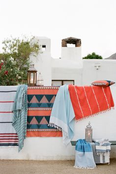 VIBRANT COLORS FROM NINE SPACE | the style files Perfect Mexican throw blankets to spice up a brachy room!