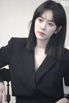 Female Actresses, Korean Actresses, Beautiful Asian Girls, Beautiful People, Medium Hair Styles, Short Hair Styles, Middle Hair, Model Face, Foto Pose