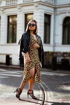 HOW TO STYLE A SUMMER DRESS IN FALL. Autumn Summer, Fall, Street Style Blog, Dress Picture, Party Looks, Every Girl, Wrap Dress, Give It To Me, Leather Jacket