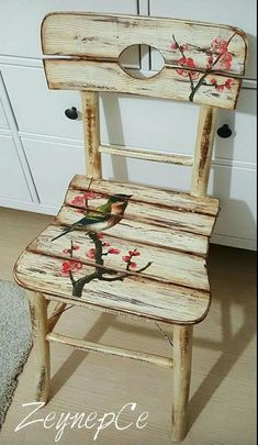 Ah ap Boyama Hand Painted Chairs, Funky Painted Furniture, Refurbished Furniture, Paint Furniture, Repurposed Furniture, Furniture Projects, Furniture Makeover, Cool Furniture, Decoupage Chair