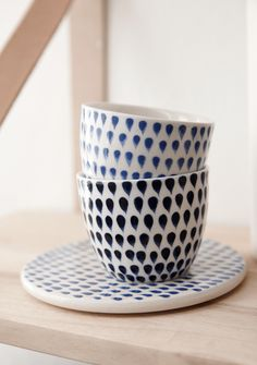 .// droplets ceramics by hübsch. Pinned by Ellen Rus.