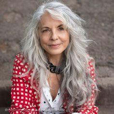 Hair Styles For Women Over 50, Medium Hair Styles, Curly Hair Styles, Hair Cuts For Over 50, Grey Curly Hair, Long Gray Hair, Women Haircuts Long, Older Women Hairstyles, Best Long Haircuts