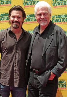 Josh Brolin and James Brolin at Standing Ovation premiere