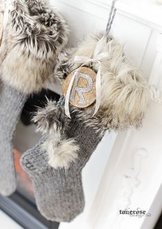 Håndlaget julestrømpe rustikk KL5A5946 Christmas Inspiration, Christmas Ideas, Mittens, Christmas Time, Winter Hats, Pumpkin, Diy, Advent, Decor