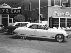 441 best vintage car dealerships images on pinterest antique cars retro cars and vintage cars. Black Bedroom Furniture Sets. Home Design Ideas