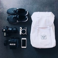 Essentials for urban exploration. Photo: @tudo47 #RetreatBackpack #HerschelSupply #WellPacked