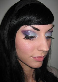 Glitter is my crack...: Light Blue & Purple + Glitter look with Aromaleigh Lost in Faerie