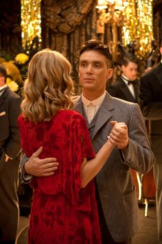 Annabelle Wallis & Cillian Murphy in Peaky Blinders, series Peaky Blinders Grace, Peaky Blinders Tv Series, Peaky Blinders Thomas, Cillian Murphy Peaky Blinders, Peeky Blinders, Peaky Blinders Wallpaper, Red Right Hand, Tv Series 2013, Look At My