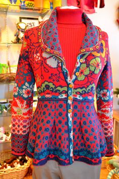 IVKO Sweaters are full of color and whimsy. Kinds Of Clothes, Diy Clothes, Clothes For Women, Textiles, Conservative Outfits, Bohemian Look, Fair Isle Knitting, How To Purl Knit, Paisley