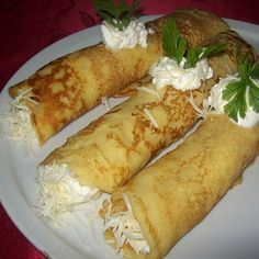 Sütés nélküli vaníliás süti recept Hungarian Desserts, Hungarian Recipes, Food Items, Hot Dogs, Cake Recipes, Pancakes, Curry, Pizza, Yummy Food