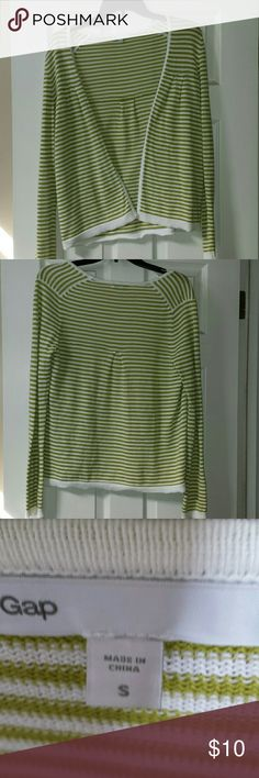 Small Gap sweater Green and white stripped sweater. In mint condition. 100% cotton GAP Sweaters Cardigans