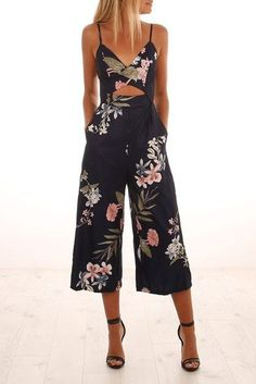 Feel My Love Jumpsuit - Jumpsuits and Romper Classy Outfits, Trendy Outfits, Cute Outfits, Fashion Outfits, Fashion Fashion, Summer Wedding Outfits, Summer Outfits, Summer Dresses, Jumpsuit For Wedding Guest
