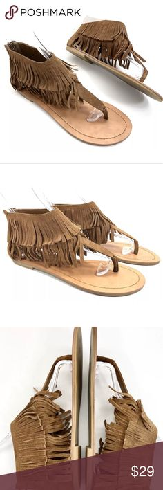 STEVE MADDEN Sonja Brown Suede Fringe Flat Sandals STEVE MADDEN Sonja Brown Suede Leather Fringe Moccasin Thong Flat Sandals size 8.5   •BRAND: Steve Madden •STYLE NAME: Sonja  •SIZE/WIDTH: 8.5 Medium •COLOR: Tan/Brown Suede Leather •FASTENING: Zip Up at back of Heel •MATERIAL: Suede Leather •HEEL HEIGHT: Flat CONDITION: Very Good preowned condition with normal signs of use. No major flaws or imperfections. Some light wear, scuffs or scratchesto the uppers andsoles. Steve…