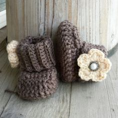 Crochet baby girl boots in brown with tan by MalindasDesigns, $16.00