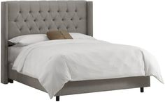 Tufted Bed Frame King with white blanket idea Wingback Bed, Tufted Bed, Upholstered Platform Bed, Upholstered Beds, King Headboard, Tufted Headboards, King Beds, Queen Beds, California King