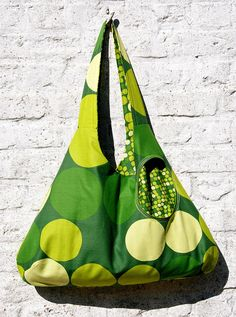 Love the print Ikea Fabric, Fabric Bags, Diy Bags Purses, Boho Bags, Handmade Handbags, What To Make, Summer Bags, Vintage Fabrics, Sewing Clothes