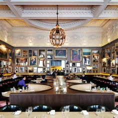 There is nothing cookie-cutter about the London EDITION Hotel, from the visionary Ian Schrager.