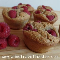 Healthy Raspberry Muffins | Anne Travel Foodie Healthy Picnic Foods, Raspberry Muffins, Valentines Food, Healthy Muffins, Foodie Travel, Sugar Free, Dairy Free, Vegan Recipes, Picnic Recipes