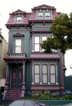 San Francisco Victorians by Larry Syverson . Victorian Architecture, Architecture Old, Architecture Details, Beautiful Buildings, Beautiful Homes, Painted Lady House, Victorian Style Homes, Victorian Townhouse, Second Empire