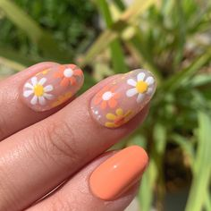 Daisy Nail Art, Daisy Nails, Daisy Art, Floral Nail Art, Nagellack Design, Nagellack Trends, Funky Nails, Funky Nail Art, Colorful Nail Art