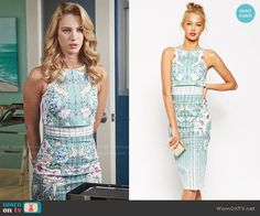 Petra's floral  and checked layered dress on Jane the Virgin.  Outfit Details: http://wornontv.net/53024/ #JanetheVirgin