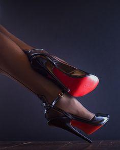 Nylons Heels, Stiletto Heels, Shoes Heels, Nice Legs, Sexy High Heels, Christian Louboutin Shoes, Color Photography, Lady, Kitten Heels