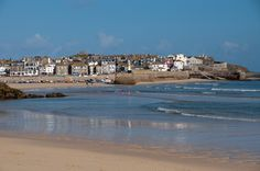 St Ives, Cornwall – Beaches, Boats and The Old Green Door - a day in St Ives #cornwall #stives