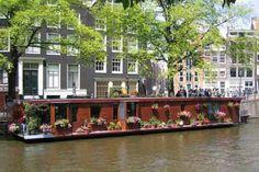 dutch boat house